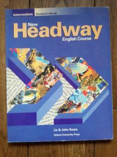 New Headway English Course: Intermediate Student's Book