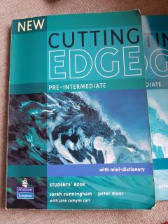 Cutting Edge Pre-Intermediate (Student's book)