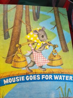 Mousie goes for water