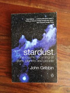 Stradust the cosmic recycling of stras, planets and people