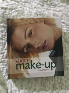 Vogue make-up