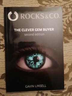 The clever gem buyer